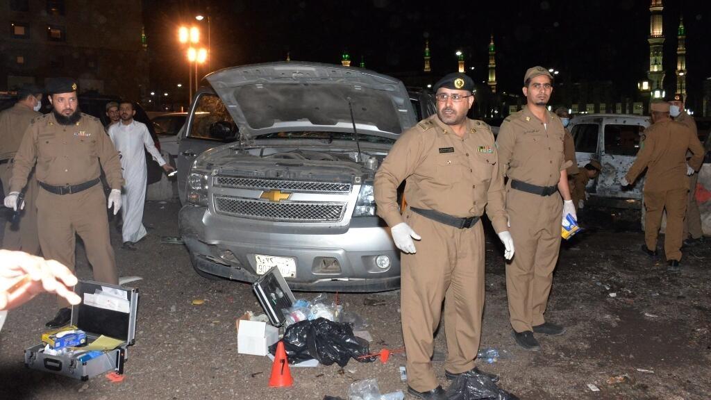 Bombing near Prophet's Mosque in Saudi Arabia triggers