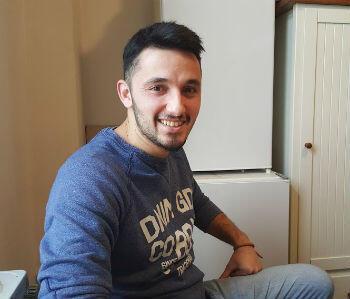 Mohammed partage sa chambre avec trois autres Syriens.