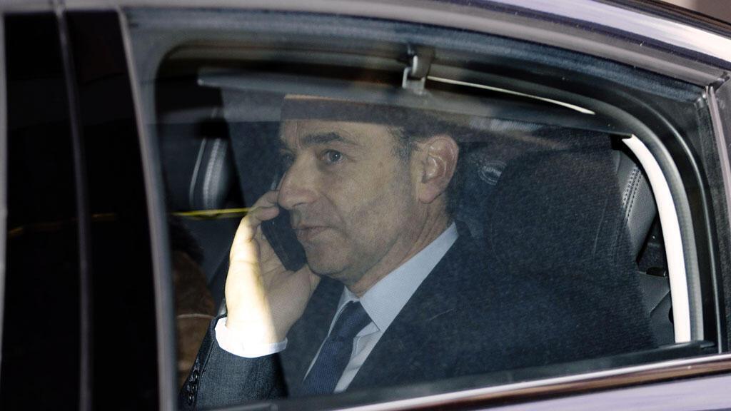 L'ex-président de l'UMP Jean-François Copé quitte le tribunal de grande instance de Paris, le 3 février.