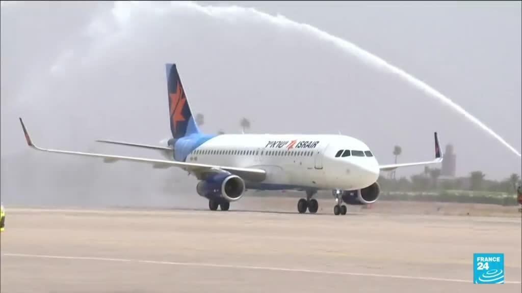 2021-07-26 18:08 Arrivée à Marrakech de touristes israéliens à bord d'un premier vol commercial direct