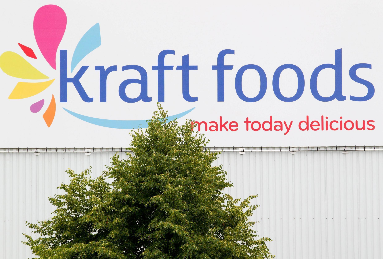Le fonds d'investissement brésilien 3G Capital et le financier Warren Buffet mettent la main sur Kraft Foods à travers Heinz.
