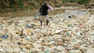 Les chercheurs américains soulignent que les matières plastiques ne sont pas assez biodégradables.