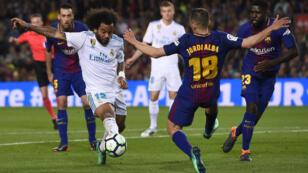 Le Madrilène Marcelo face au Barcelonnais Jordi Alba, lors du clásico entre le FC Barcelone et le Real Madrid, le 6 mai 2018.