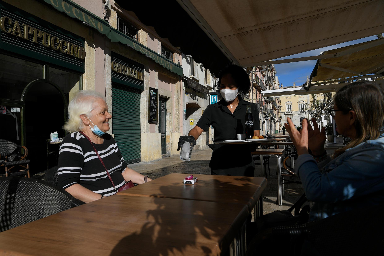 Cerca de la mitad de la población española inició una primera etapa de desconfinamiento. Tarragona, España, el 11 de mayo de 2020.