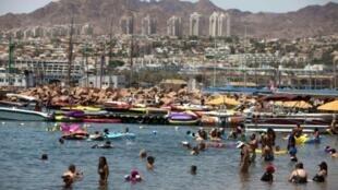 مشهد عام لمنتجع إيلات المطل على البحر الأحمر في 2011
