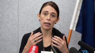 La Première ministre néo-zélandaise, Jacinda Ardern, devant la presse le 16 mars.