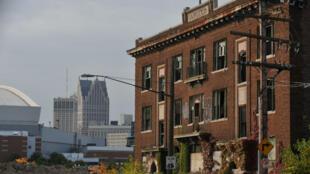 La faillite de Detroit en juillet 2013 a été la plus importante que les États-Unis aient connu. La ville compte désormais 78 000 bâtiments abandonnés.