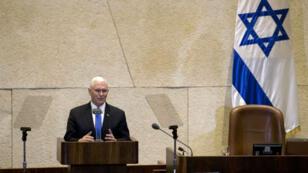 Mike Pence à la tribune de la Knesset, lundi 22 janvier 2018.