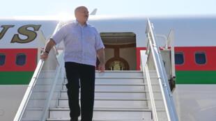 Belarusian President Alexander Lukashenko arrived in the Black Sea resort of Sochi for talks with Russian President Vladimir Putin, September 14, 2020.