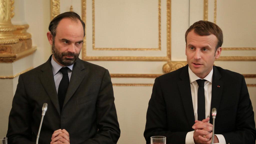 El primer ministro francés, Édouard Philippe y el presidente Emmanuel Macron participaron en una reunión sobre la organización del referendo de autoderminación de Nueva Caledonia, el 30 de octubre de 2017.