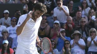 Gilles Simon se hisse pour la première fois de sa carrière en quarts de finale de Wimbledon.