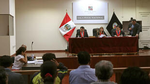 EL Tribunal peruano aplazó por 15 días la decisión de enviar a la cárcel al expresidente Alberto Fujimori.