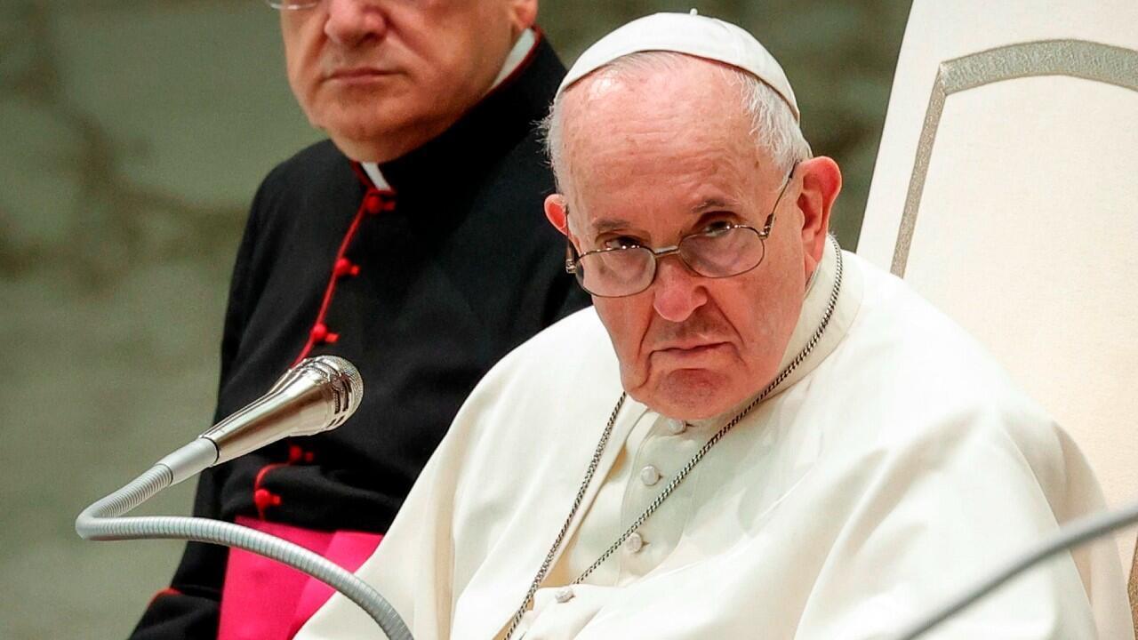 Papa admite errores IMG