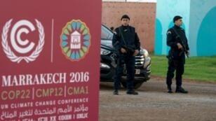 عناصر أمنية في مكان انعقاد المؤتمر في مراكش 9 نوفمبر 2016
