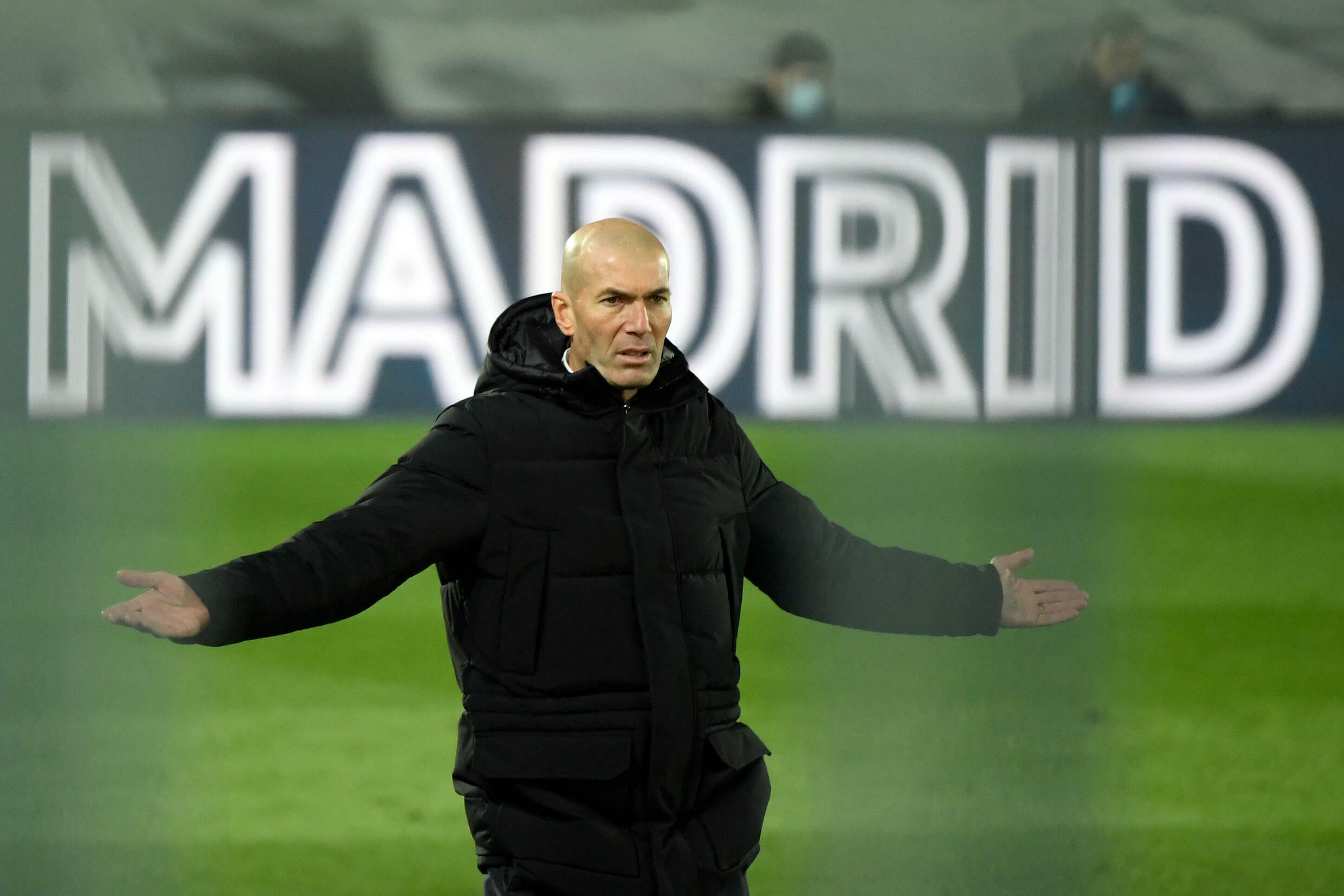 Zidane's positive test comes as Real Madrid are seeking to bounce back from an embarrassing midweek Copa del Rey exit.