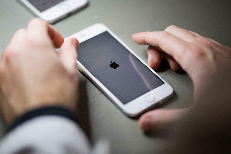 Apple to scan iphones