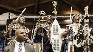 Le président sud-africain Cyril Ramaphosa lors de la cérémonie de remise de terres à la communauté Mkhwanazi, à Empangeni, le 14octobre.