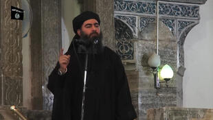 """زعيم تنظيم """"الدولة الإسلامية"""" أبوبكر البغدادي في 05 يوليو/ تموز 2014"""