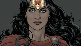 Wonder Woman, ambassadrice honoraire pour l'émancipation des femmes et des filles, sur l'affiche officielle de l'ONU.