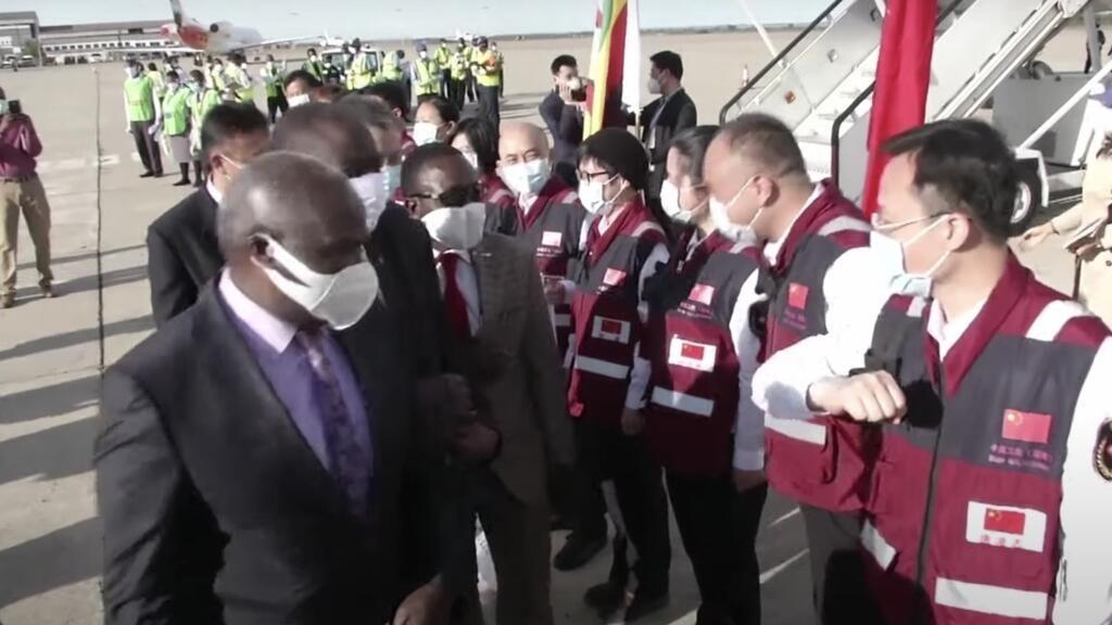 Entre la Chine et le Zimbabwe, la diplomatie du coronavirus
