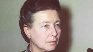 Photo datée de juin 1970 de l'écrivain Simone de Beauvoir. Elle est décédée seize ans après cette photo, à l'âge de 78 ans, le 14 avril 1986.