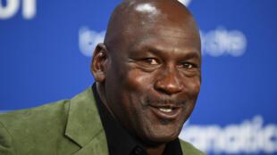 Los entresijos del reinado de los legendarios Chicago Bulls de Michael Jordan serán expuestos en una serie documental de 10 episodios cuyo estreno se avanzó a abril.