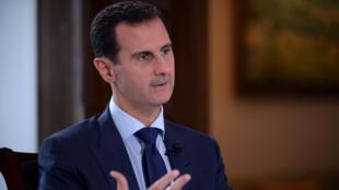 Le président syrien Bachar al-Assad lors de l'interview avec la chaîne NBC, le 14 juillet 2016, à Damas, en Syrie.