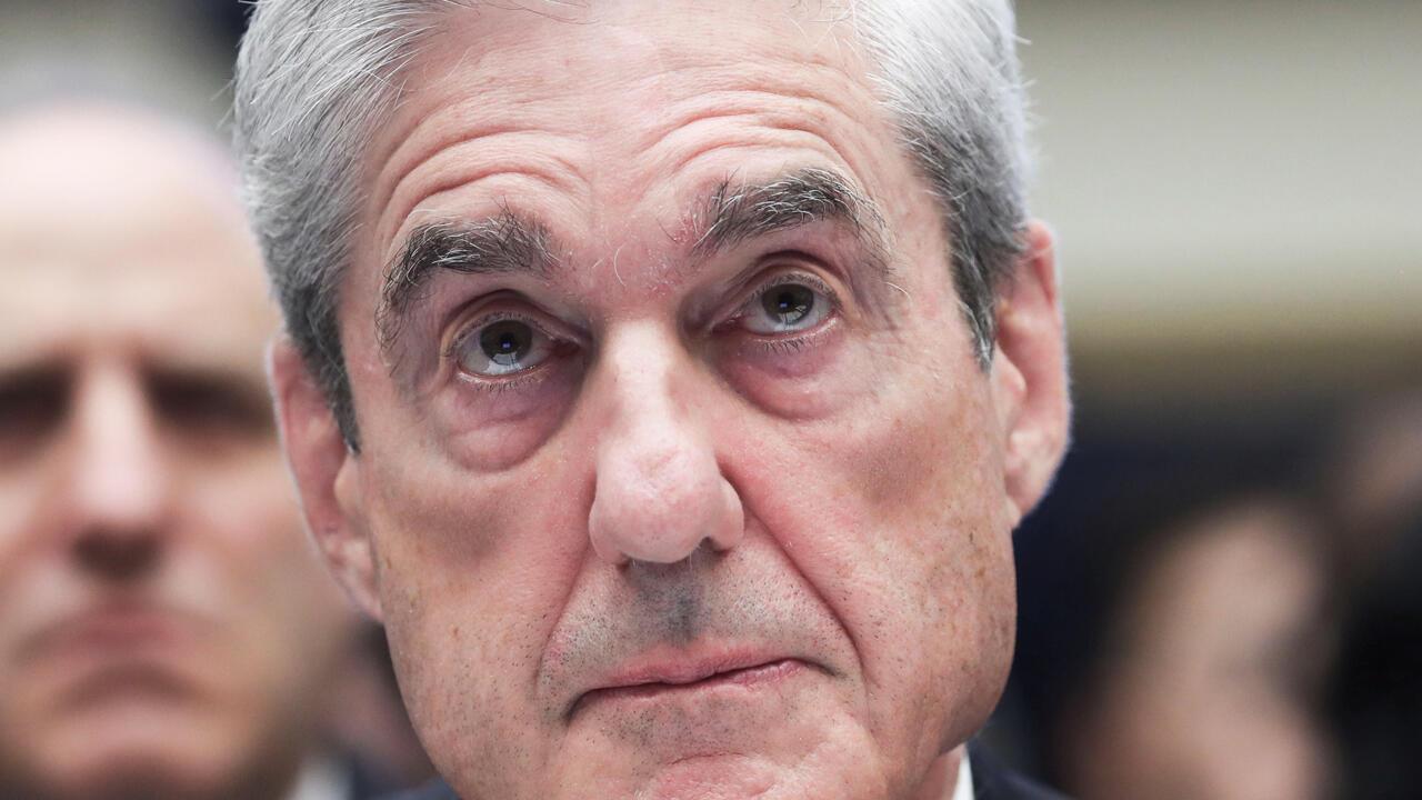 El exfiscal especial Robert Mueller testifica ante una audiencia del Comité Judicial de la Cámara de Representantes sobre la investigación de la Oficina del Asesoramiento Especial sobre la Interferencia Rusa en las Elecciones Presidenciales de 2016 en Capitol Hill en Washington, EE. UU., 24 de julio de 2019.