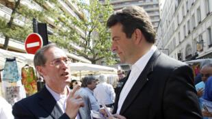 L'ancien ministre Claude Guéant et Thierry Solère, à Boulogne-Billancourt, en mai 2012.
