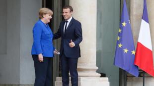 L'idée d'un ministre des Finances de la zone euro a reçu un soutien, timide, de la chancelière allemande Angela Merkel.