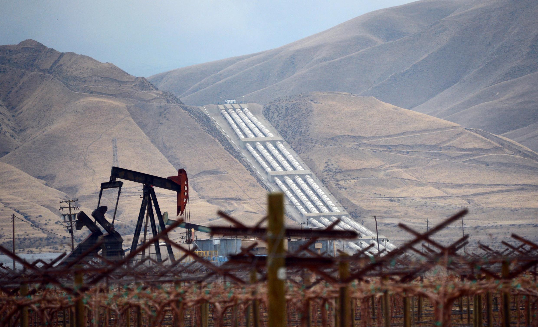 Imagen de archivo de una explotación petrolífera en California, Estados Unidos, el 3 de febrero de 2014.
