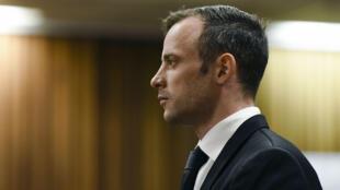 Le champion paralympique Oscar Pistorius à la Haute Cour de Pretoria, le 8 décembre 2015.