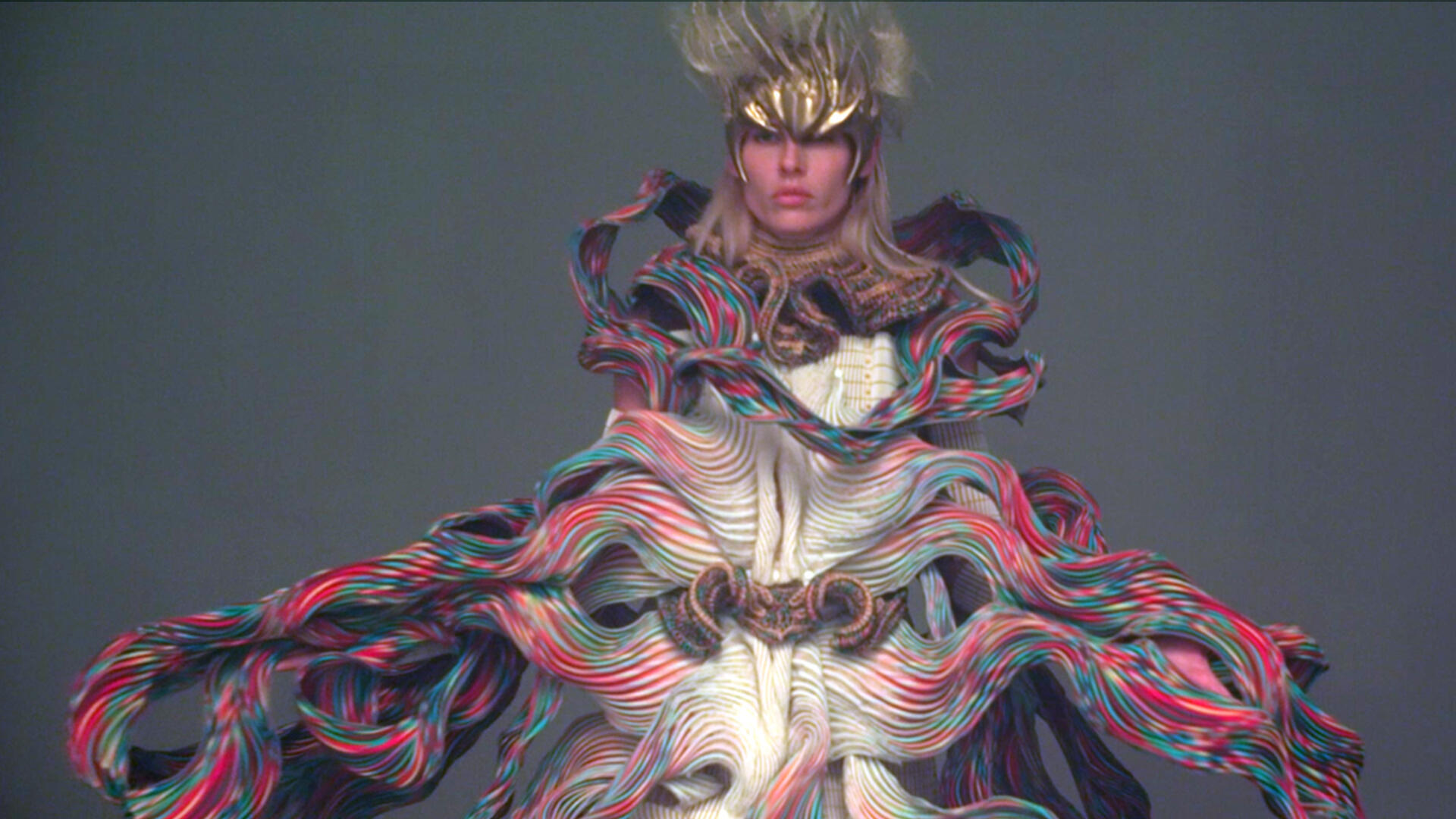 Lauren Wasser In Vuima Vakazato haute couture été 2021