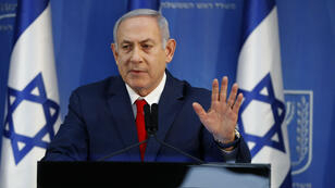 رئيس الوزراء الإسرائيلي بنيامين نتانياهو أثناء خطابه بشأن عدم إسقاط الحكومة في 18 نوفمبر 2018
