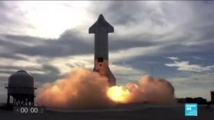 2021-03-04 11:11 Space X : le prototype Starship réussit son atterrissage, puis explose