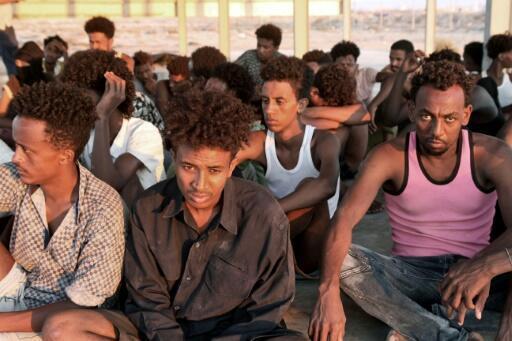 ايطاليا تعتقل ثلاثة اشخاص بتهمة تعذيب مهاجرين في ليبيا