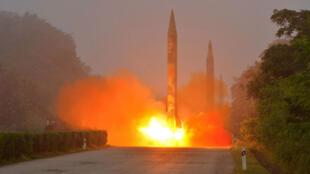 Un tir de missile réalisé par l'armée nord-coréenne, en juillet 2016.