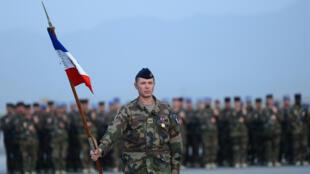Les soldats français à l'aéoport de Kaboul, lors de la célébration du 14-Juillet, le 13 juillet 2013.