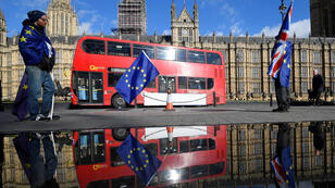 Manifestantes anti-Brexit al frente del Parlamento en Londres, Reino Unido, el 28 de marzo de 2018.