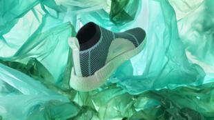 Les baskets du programme Parley d'Adidas, déjà fabriquées à partir de plastique recyclé.