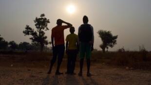 فتيان داخل مخيم مبوكو للنازحين في أفريقيا الوسطى كانوا عرضة لاعتداءات جنسية أو شهودا عليها