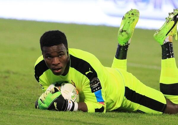 هل سيكون حارس مرمى الكاميرون فبريس أوندوا بطل تأهل فريقه أمام غانا كما كان أمام السنغال؟