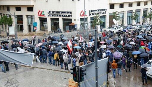 تظاهرة تطالب بإنهاء أزمة النفايات في بيروت في 19 كانون الأول/ديسمبر 2015