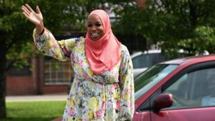 Tahirah Amatul-Wadud, une activiste musulmane de 44 ans, le 21 juillet 2018 lors d'une rencontre avec ses électeurs.