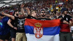 Des supporters russes dans les travées du Vélodrome, le 11 juin 2016.