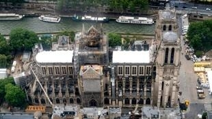 A media report found that tests conducted after the Notre-Dame fire detected lead levels up to 10 times higher than the safe limit in schools around the cathedral