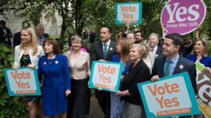 Le Premier ministre irlandais Leo Varadkar a fait campagne en faveur de la libéralisation de l'avortement dans son pays.