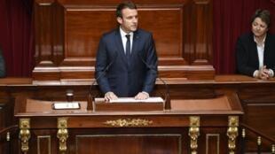 Emmanuel Macron reúne a ambas cámaras del Parlamento en Versalles en lo que se ha convertido en un discurso anual sobre sus planes de reforma.