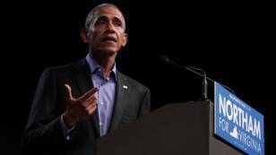 L'ancien président américain Barack Obama photographié le 19 octobre 2017 à à Richmond, en Virginie.
