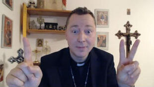 Ralph Napierski dans une vidéo YouTube